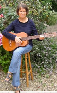 jacqueline-thibault-guitare